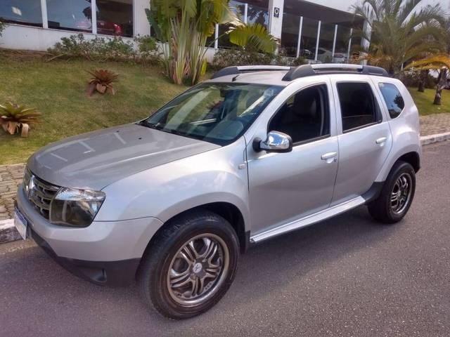 //www.autoline.com.br/carro/renault/duster-20-dynamique-16v-flex-4p-4x4-manual/2013/sao-jose-dos-campos-sp/14443173
