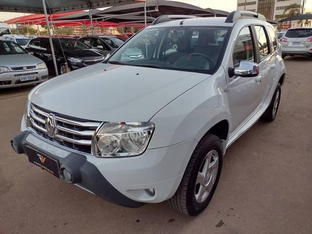 //www.autoline.com.br/carro/renault/duster-16-dynamique-16v-flex-4p-manual/2014/brasilia-df/15172799