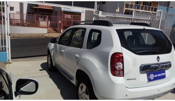//www.autoline.com.br/carro/renault/duster-16-dynamique-16v-flex-4p-manual/2015/limeira-sp/8179489