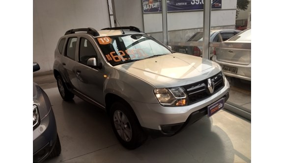 //www.autoline.com.br/carro/renault/duster-16-dynamique-16v-flex-4p-automatico/2019/sao-paulo-sp/9917394