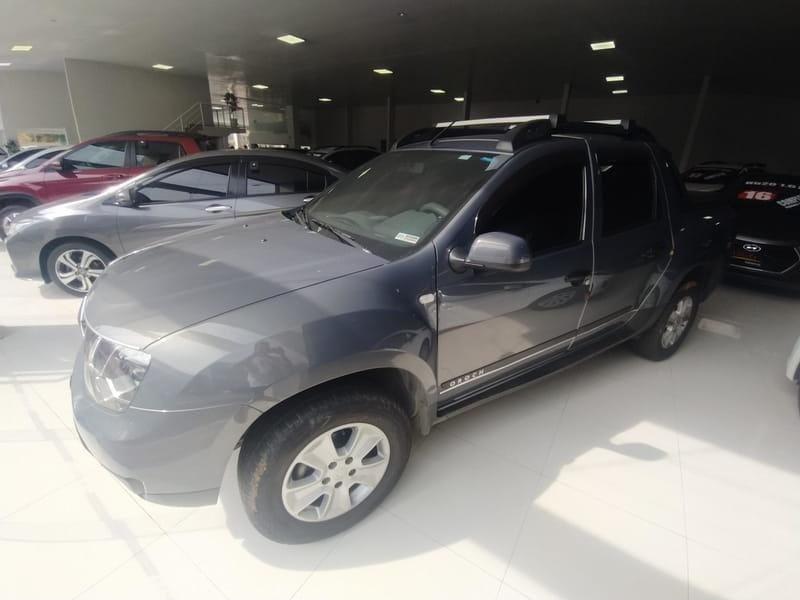 //www.autoline.com.br/carro/renault/duster-oroch-16-expression-16v-flex-4p-manual/2017/sao-paulo-sp/15689027