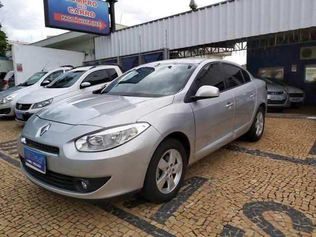 //www.autoline.com.br/carro/renault/fluence-20-dynamique-16v-flex-4p-manual/2014/campinas-sp/12083617