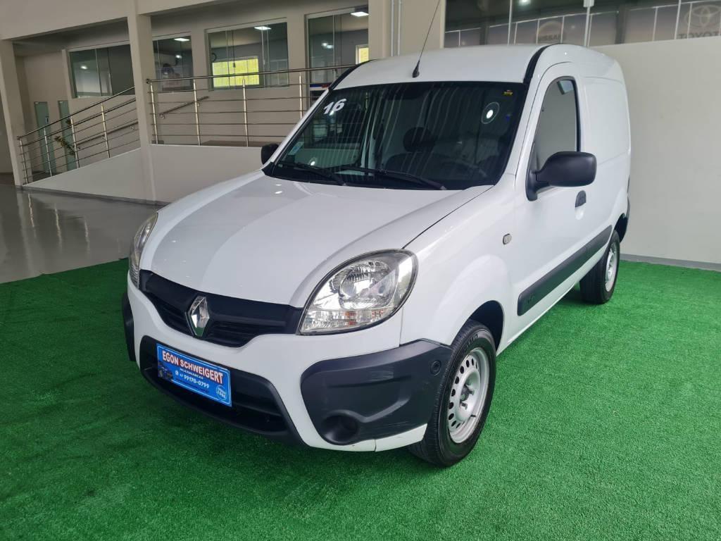 //www.autoline.com.br/carro/renault/kangoo-16-16v-flex-2p-manual/2016/blumenau-sc/15802494