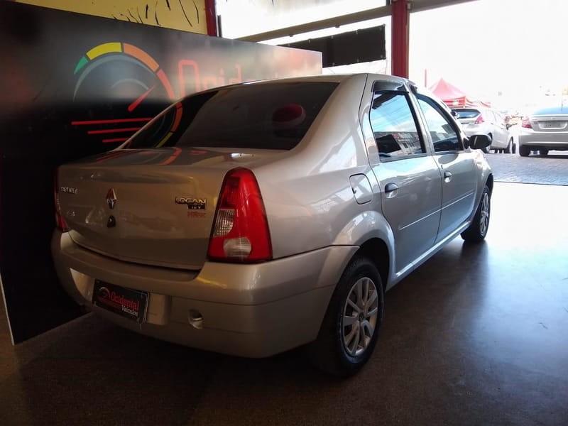 //www.autoline.com.br/carro/renault/logan-10-authentique-16v-flex-4p-manual/2009/brasilia-df/14994583
