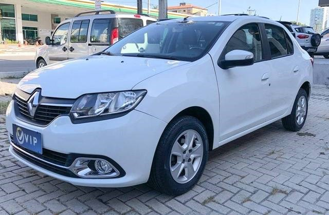 //www.autoline.com.br/carro/renault/logan-16-dynamique-8v-flex-4p-manual/2017/fortaleza-ce/15554640