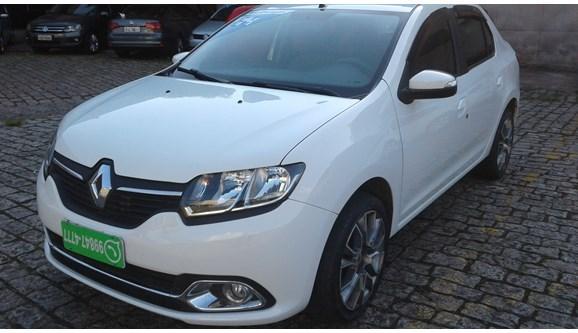 //www.autoline.com.br/carro/renault/logan-16-dynamique-8v-flex-4p-manual/2014/sao-paulo-sp/7024580