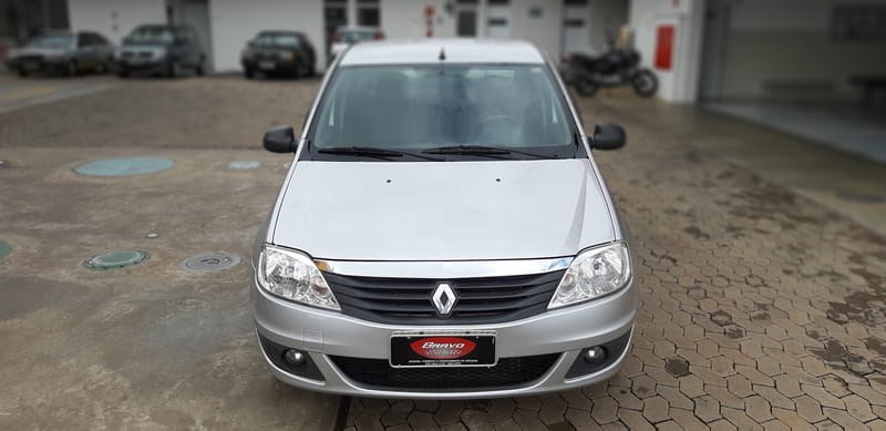 //www.autoline.com.br/carro/renault/logan-10-expression-16v-76cv-4p-flex-manual/2011/araxa-mg/8903550