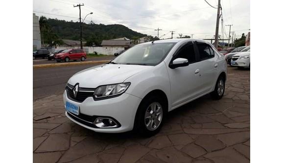 //www.autoline.com.br/carro/renault/logan-16-dynamique-8v-flex-4p-easy-r/2015/estancia-velha-rs/6353918