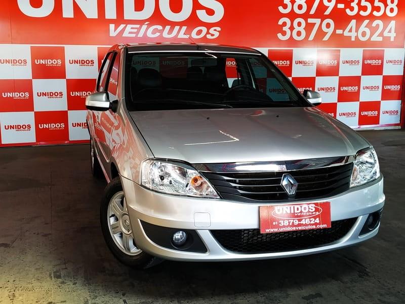 //www.autoline.com.br/carro/renault/logan-16-expression-16v-flex-4p-automatico/2013/brasilia-df/9869398