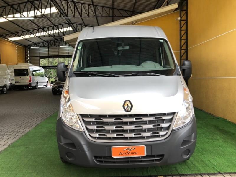 //www.autoline.com.br/carro/renault/master-23-l3h2-minibus-16l-executive-16v-diesel-4p-t/2015/curitiba-pr/14882377