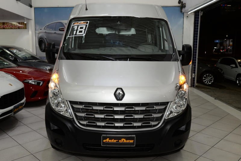 //www.autoline.com.br/carro/renault/master-23-l3h2-minibus-executive-16l-16v-diesel-4p-t/2018/sao-paulo-sp/15655394