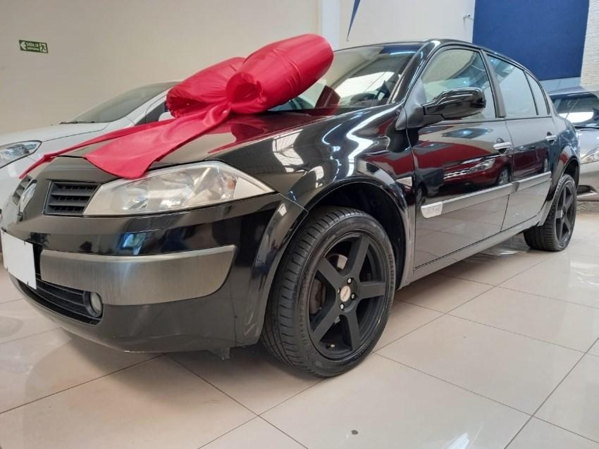 //www.autoline.com.br/carro/renault/megane-20-dynamique-16v-gasolina-4p-automatico/2008/campinas-sp/13015727