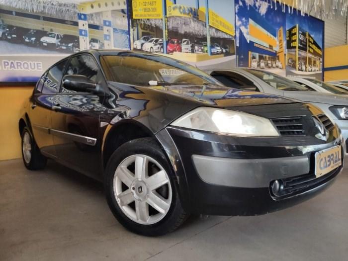 //www.autoline.com.br/carro/renault/megane-16-sedan-dynamique-16v-flex-4p-manual/2009/sorocaba-sp/13098392