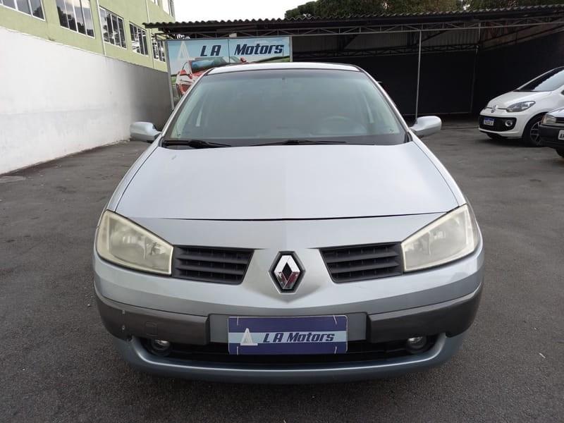 //www.autoline.com.br/carro/renault/megane-20-sedan-dynamique-16v-gasolina-4p-automatico/2008/curitiba-pr/14867299