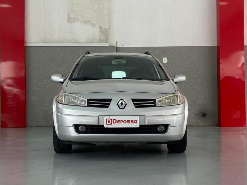 //www.autoline.com.br/carro/renault/megane-16-dynamique-16v-110cv-4p-flex-manual/2013/curitiba-pr/14876889