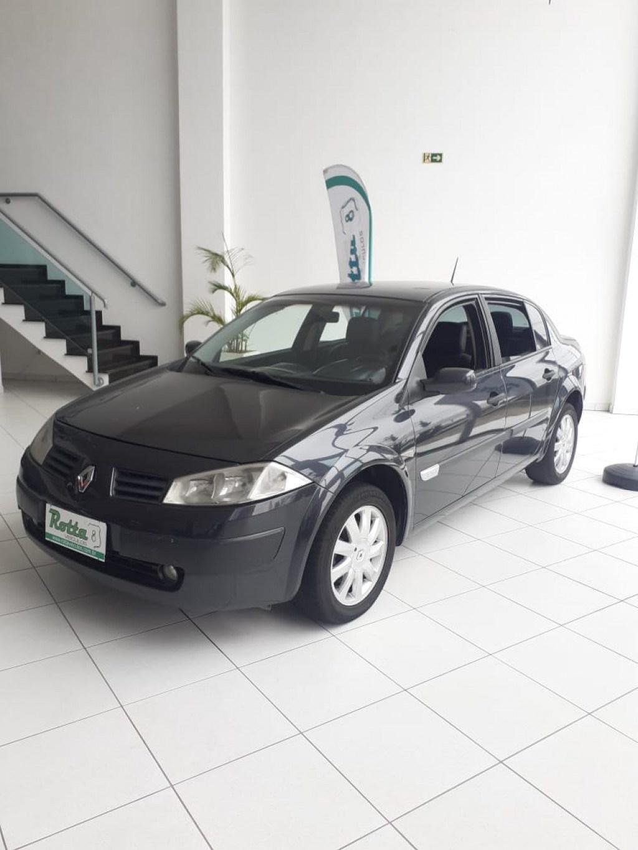 //www.autoline.com.br/carro/renault/megane-20-sedan-dynamique-16v-gasolina-4p-automatico/2008/colombo-pr/14968415