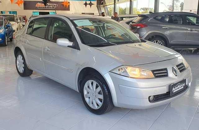 //www.autoline.com.br/carro/renault/megane-16-sedan-dynamique-16v-flex-4p-manual/2010/cascavel-pr/15237266