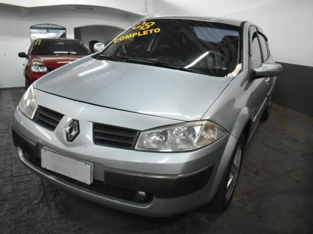 //www.autoline.com.br/carro/renault/megane-16-sedan-dynamique-16v-flex-4p-manual/2008/sorocaba-sp/15507354