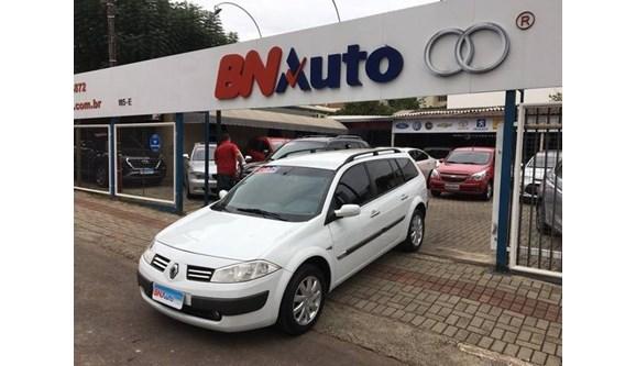 //www.autoline.com.br/carro/renault/megane-16-dynamique-16v-110cv-4p-flex-manual/2012/chapeco-sc/8389326