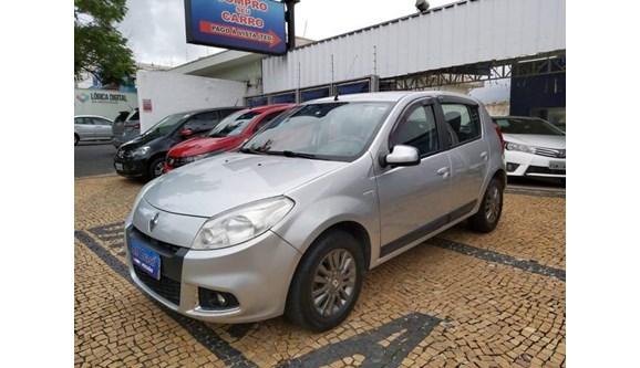 //www.autoline.com.br/carro/renault/sandero-16-privilege-8v-flex-4p-manual/2012/campinas-sp/10185582