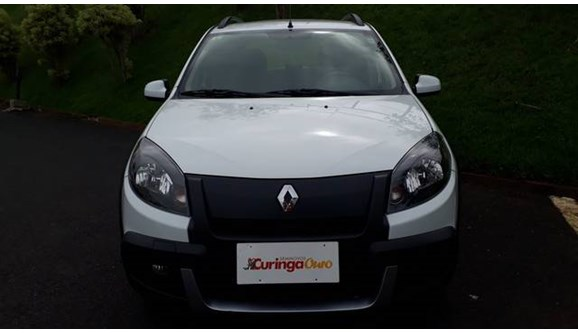 //www.autoline.com.br/carro/renault/sandero-16-stepway-tweed-16v-flex-4p-automatico/2014/uberlandia-mg/10653876