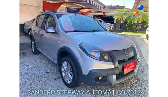 //www.autoline.com.br/carro/renault/sandero-16-stepway-16v-flex-4p-automatico/2013/aparecida-de-goiania-go/10911100