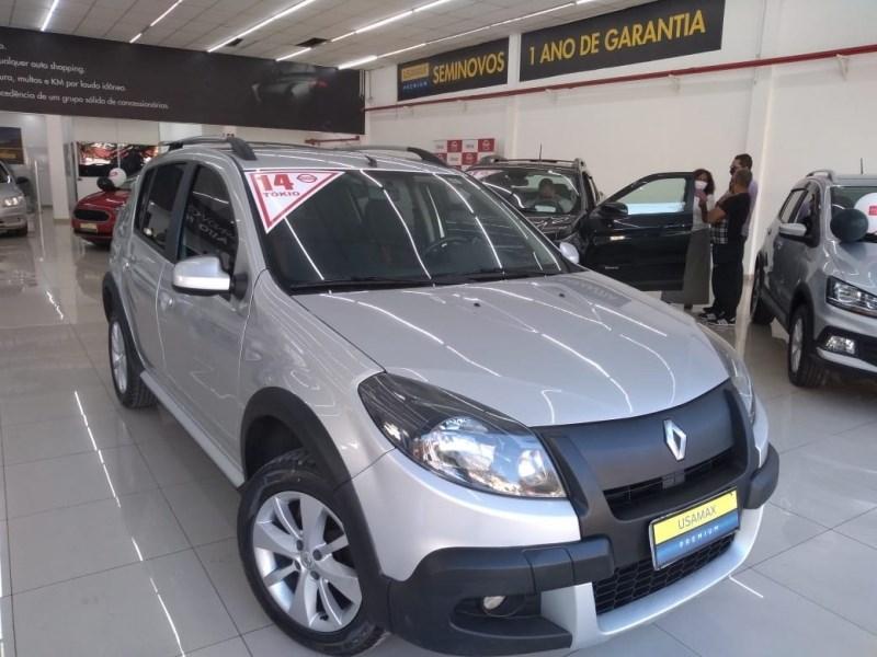 //www.autoline.com.br/carro/renault/sandero-10-authentique-16v-flex-4p-manual/2014/sao-paulo-sp/12403076