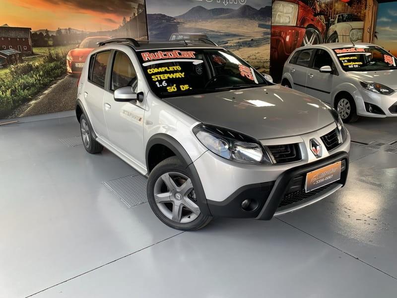 //www.autoline.com.br/carro/renault/sandero-16-stepway-16v-flex-4p-manual/2011/brasilia-df/12549348