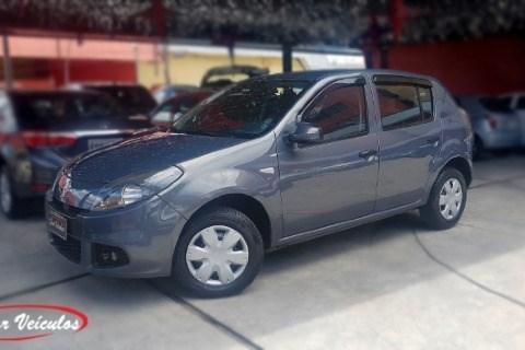//www.autoline.com.br/carro/renault/sandero-10-expression-16v-flex-4p-manual/2014/sao-paulo-sp/12553361