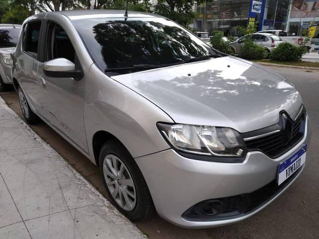 //www.autoline.com.br/carro/renault/sandero-10-expression-16v-77cv-4p-flex-manual/2016/sao-paulo-sp/12923624