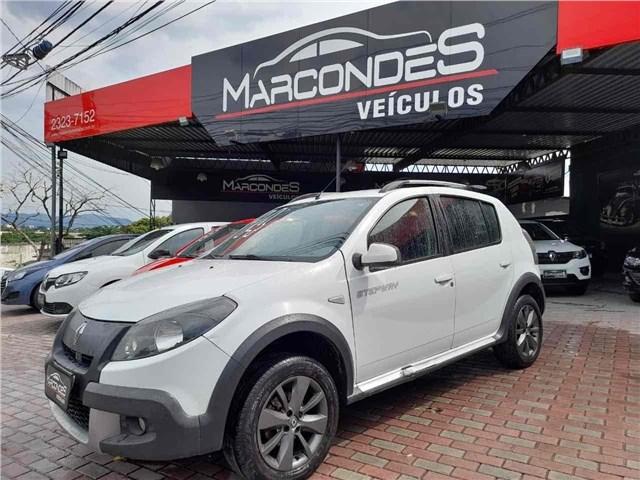 //www.autoline.com.br/carro/renault/sandero-16-stepway-8v-98cv-4p-flex-manual/2014/rio-de-janeiro-rj/13904124