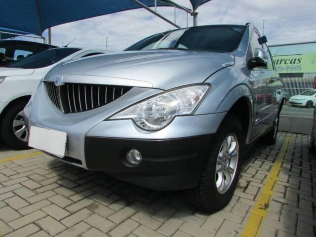 //www.autoline.com.br/carro/ssangyong/actyon-23-16v-gasolina-4p-automatico-4x4/2010/goiania-go/12123457