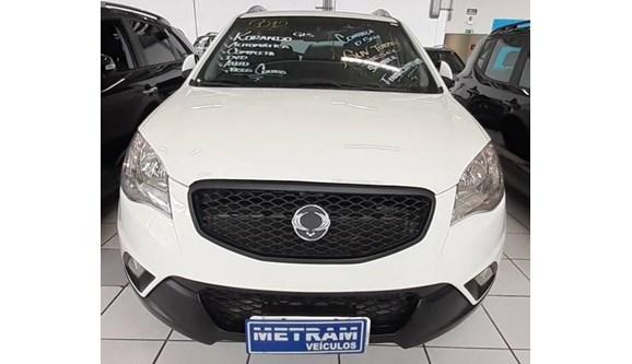 //www.autoline.com.br/carro/ssangyong/korando-20-gls-16v-diesel-4p-automatico-4x4-turbo/2012/guarulhos-sp/11544134
