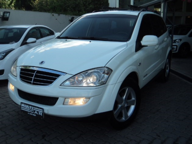 //www.autoline.com.br/carro/ssangyong/kyron-20-16v-diesel-4p-automatico-4x4-turbo-interco/2010/bage-rs/11014584
