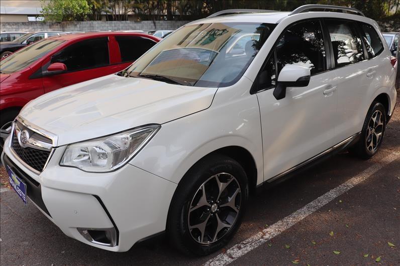 //www.autoline.com.br/carro/subaru/forester-20-xt-16v-gasolina-4p-automatico-4x4-turbo/2015/sao-paulo-sp/12693724