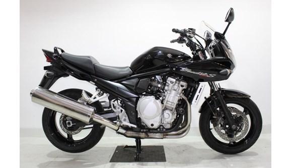 //www.autoline.com.br/moto/suzuki/bandit-1250s-gas-mec-basico/2009/jundiai-sp/8975977