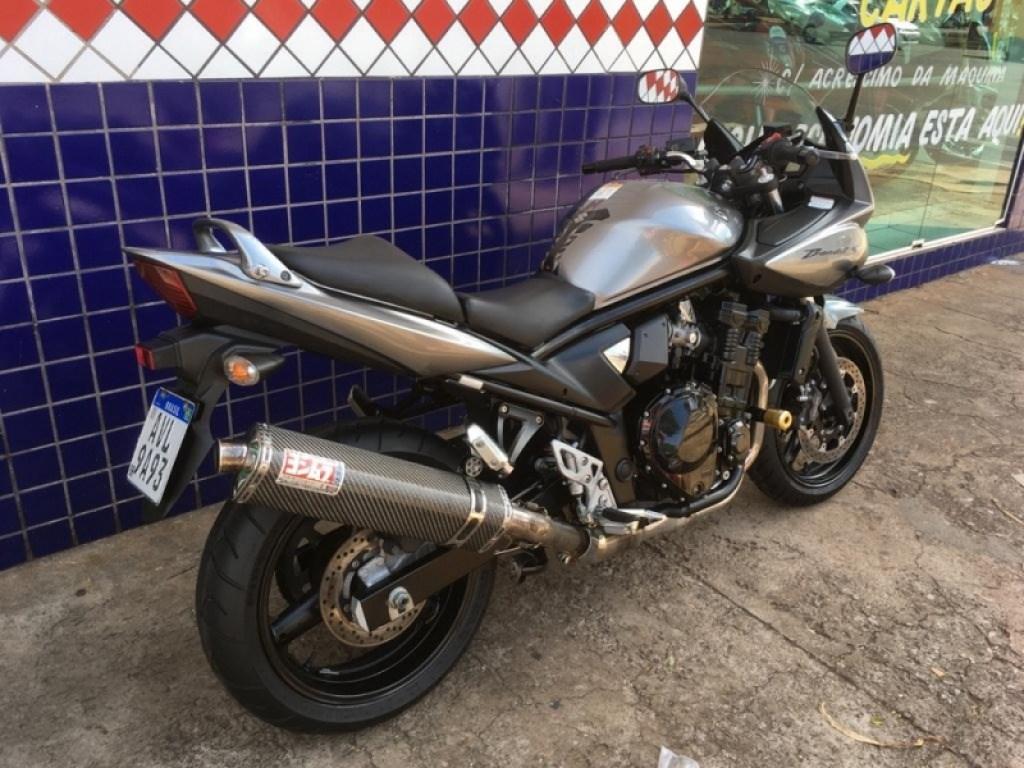 //www.autoline.com.br/moto/suzuki/bandit-650s-gas-mec-basico/2011/maringa-pr/14376476