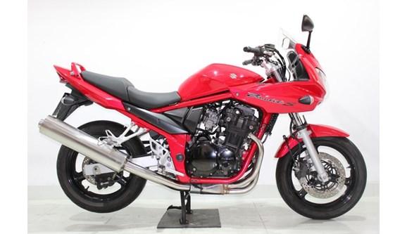 //www.autoline.com.br/moto/suzuki/bandit-650s-gas-mec-basico/2008/jundiai-sp/8429915