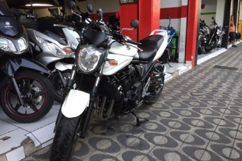 //www.autoline.com.br/moto/suzuki/bandit-n650-gas-mec-basico/2015/diadema-sp/12906030