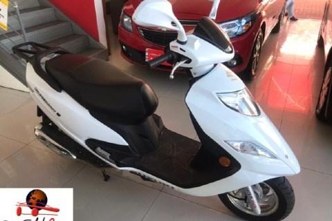 //www.autoline.com.br/moto/suzuki/burgman-i-125cc/2019/guaiba-rs/14582806