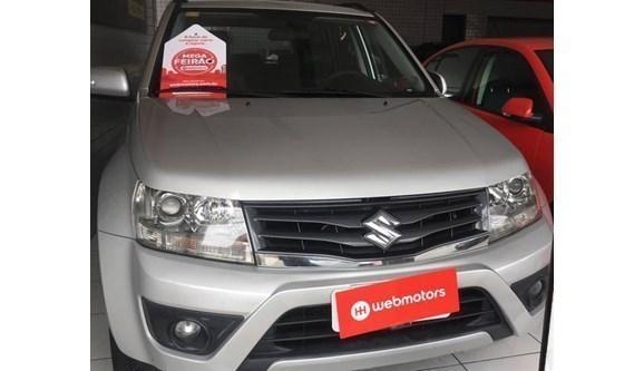 //www.autoline.com.br/carro/suzuki/grand-vitara-20-premium-16v-gasolina-4p-4x4-automatico/2015/natal-rn/11035355