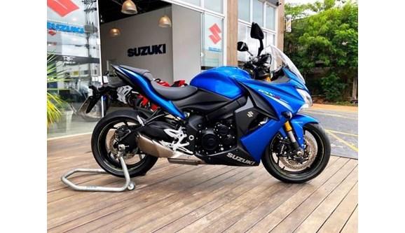 //www.autoline.com.br/moto/suzuki/gsx-s-1000-f/2018/amparo-sp/11415766