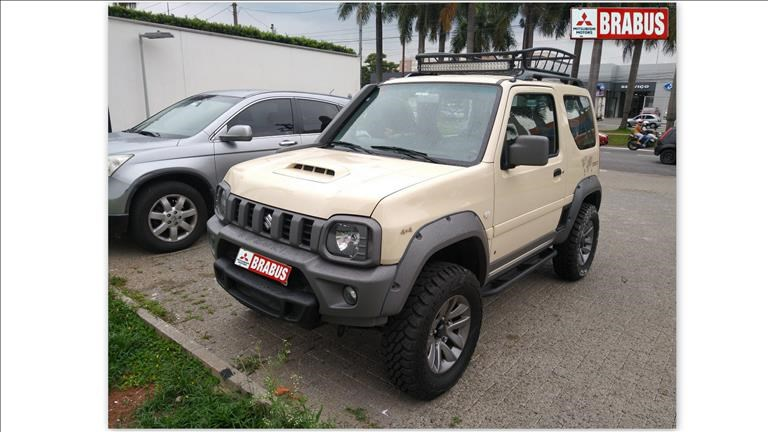 //www.autoline.com.br/carro/suzuki/jimny-13-4sport-desert-16v-gasolina-2p-manual-4x4/2019/sao-paulo-sp/13632379