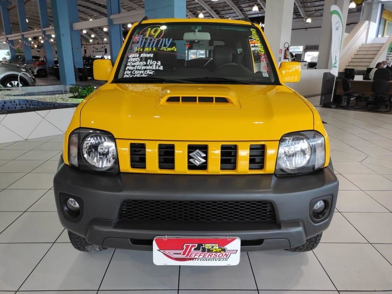 //www.autoline.com.br/carro/suzuki/jimny-13-4all-16v-gasolina-2p-4x4-manual/2019/curitiba-pr/14944428