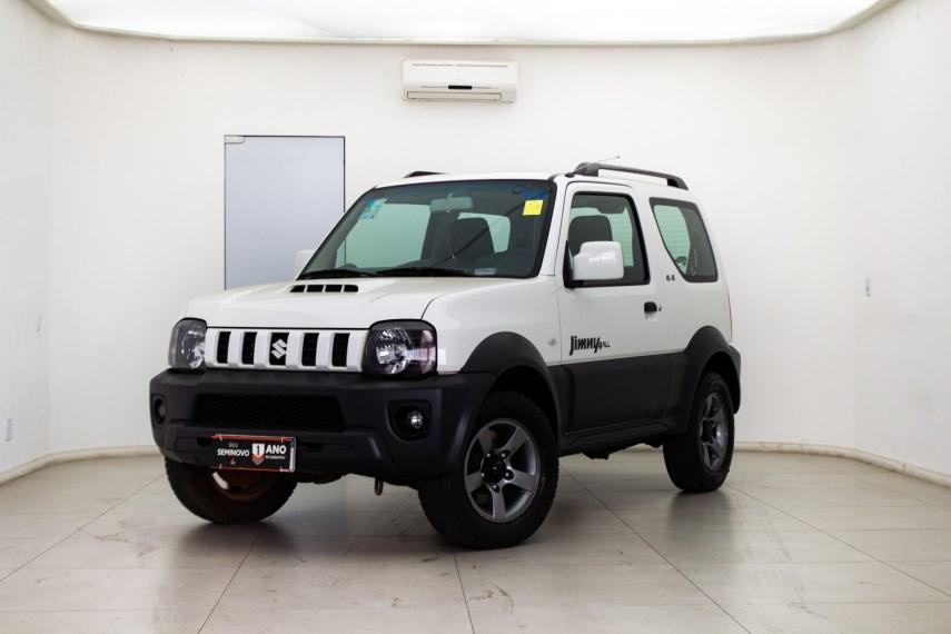 //www.autoline.com.br/carro/suzuki/jimny-13-4all-16v-gasolina-2p-4x4-manual/2021/sao-jose-dos-campos-sp/15821190