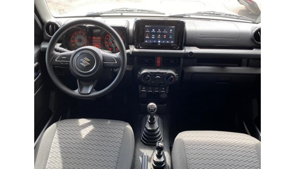 //www.autoline.com.br/carro/suzuki/jimny-sierra-15-4you-16v-gasolina-2p-manual-4x4/2021/belo-horizonte-mg/13382233
