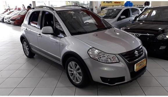 //www.autoline.com.br/carro/suzuki/sx4-20-16v-gasolina-4p-automatico/2014/sao-paulo-sp/9751311