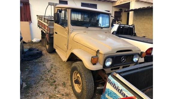//www.autoline.com.br/carro/toyota/bandeirante-40-oj55lp-bl3-csim-90cv-2p-diesel-manual/1984/belo-horizonte-mg/5999221