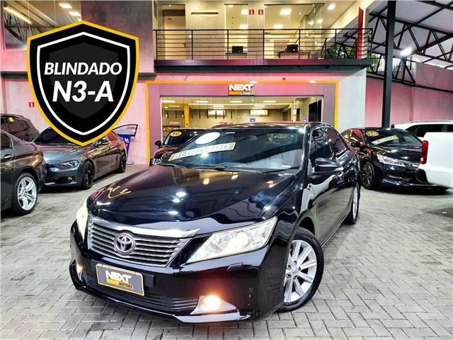 //www.autoline.com.br/carro/toyota/camry-35-24v-gasolina-4p-automatico/2012/sao-paulo-sp/13421672