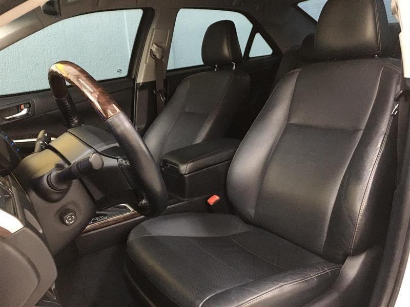//www.autoline.com.br/carro/toyota/camry-35-v6-xle-24v-gasolina-4p-automatico/2017/sao-paulo-sp/13871629